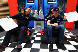 David Tsurusaki and Max Verstappen, Red Bull Racing