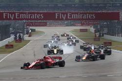 Кімі Райкконен, Ferrari SF71H та Макс Ферстаппен, Red Bull Racing RB14