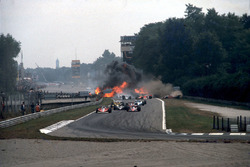 GP d'Italia del 1978, l'incidente di Ronnie Peterson, alla partenza