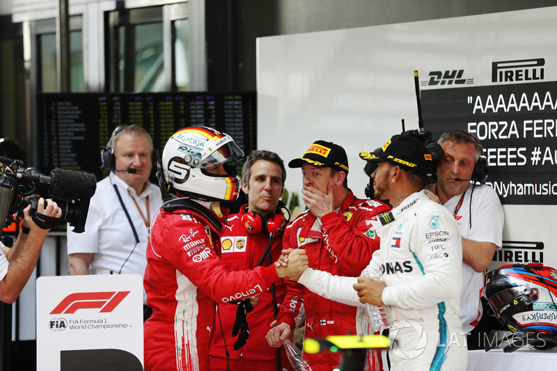 Sebastian Vettel, Lewis Hamilton, dan Kimi Raikkonen usai balapan