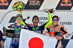 Подіум: переможець Валентино Россі, Yamaha Factory Racing, друге місце Хорхе Лоренсо, Yamaha Factory Racing, третє місце Марк Маркес, Repsol Honda Team