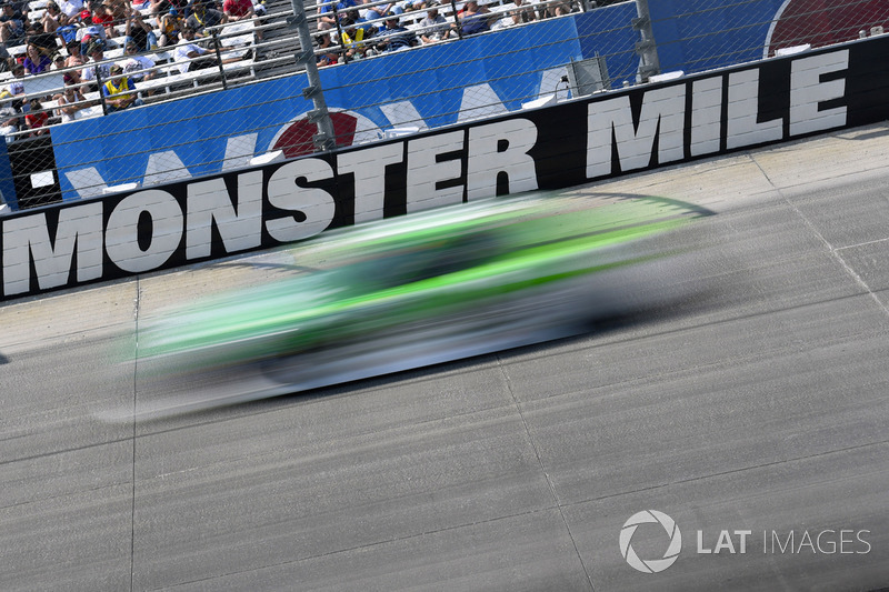 Renn-Action auf der Monster Mile in Dover