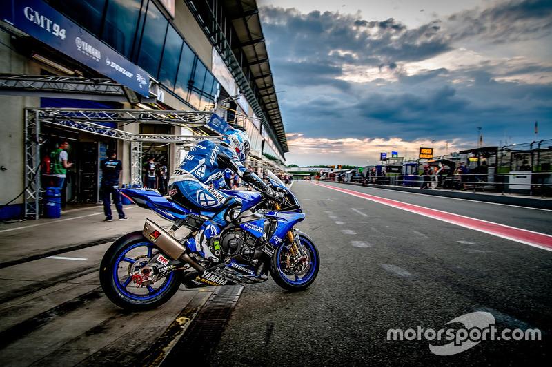 #94 GMT94 YAMAHA, Yamaha R1: David Checa, Niccolò Canepa, Mike Di Meglio