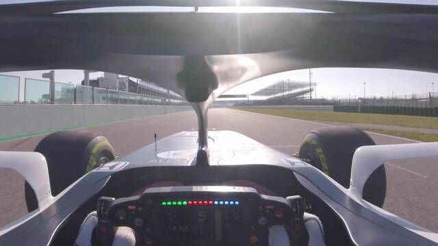 Onboard with Pierre Gasly in the AlphaTauri AT01