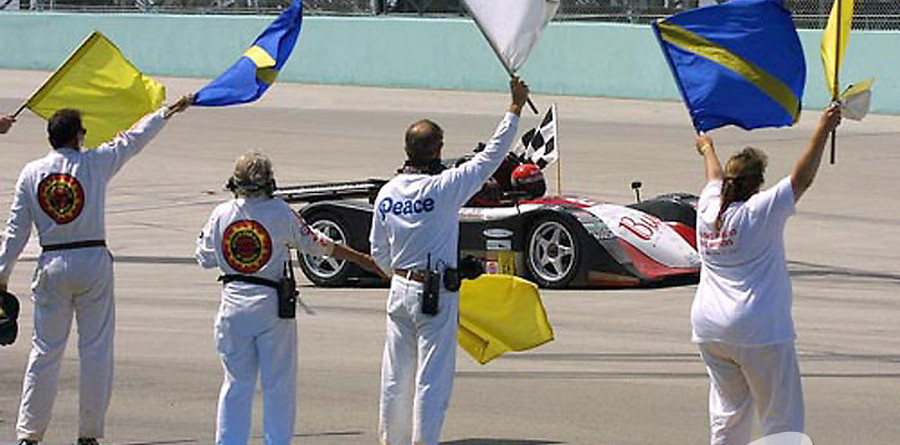 Jeff Clinton's co-drivers take tribute laps at Homestead
