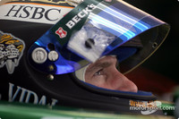 Irvine defends Schumacher