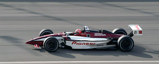 IndyCar CHAMPCAR/CART: Kanaan knocks Junqueira from Fontana pole