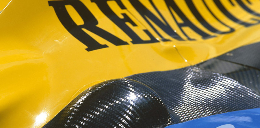 Renault concentrate on engine performance