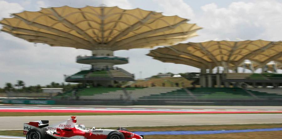 Trulli ahead in Malaysian GP final practice