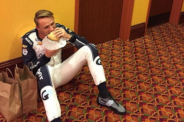 Изнанка гламурного автоспорта: фото Макса Чилтона с тестов IndyCar