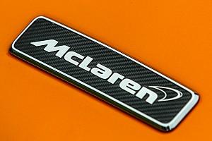 Formel 1 News Spy-Shot: Neuer McLaren für 2018 bei Roll-out orange