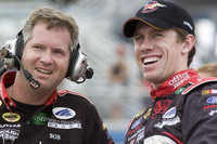 Edwards knocks out quick lap for Homestead pole