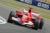 Schumacher leads in British GP last practice