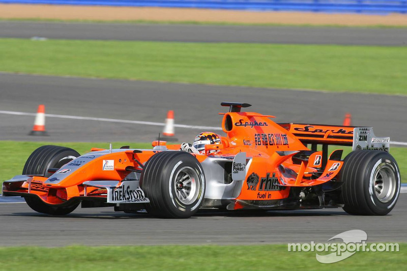 Spyker MF1 reveals new livery