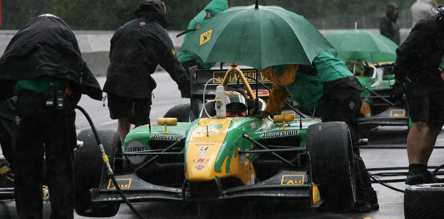 CHAMPCAR/CART: Power paces soggy Q2 in Mont-Tremblant