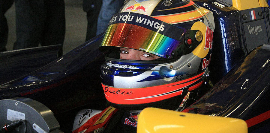 Vergne takes early points lead at Oulton