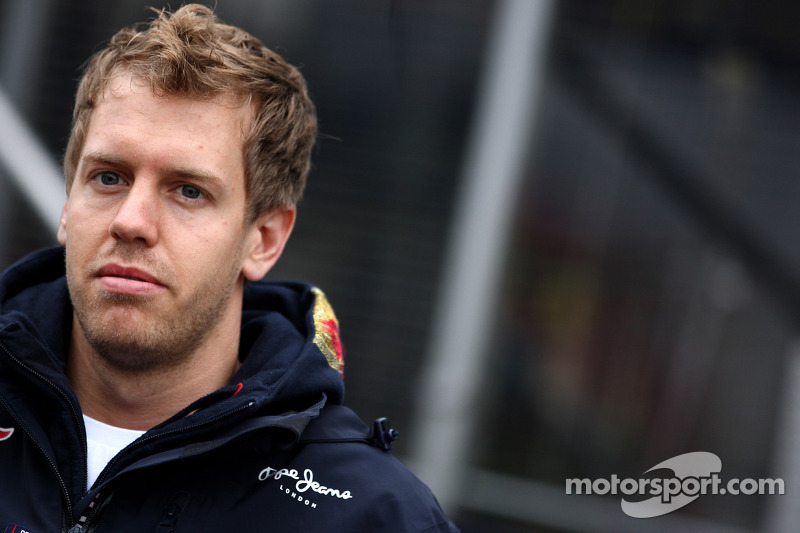 Vettel misses second session after morning crash