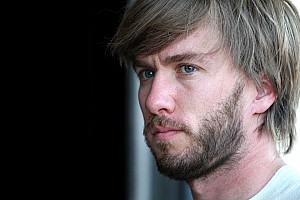 Formula 1 Heidfeld doubts Vettel to secure title in Singapore