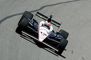 IndyCar Will Power takes the pole for the Kentucky 300