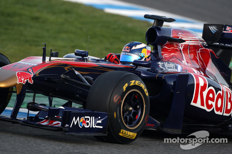 Vergne and Ricciardo in running for 2012 - Tost