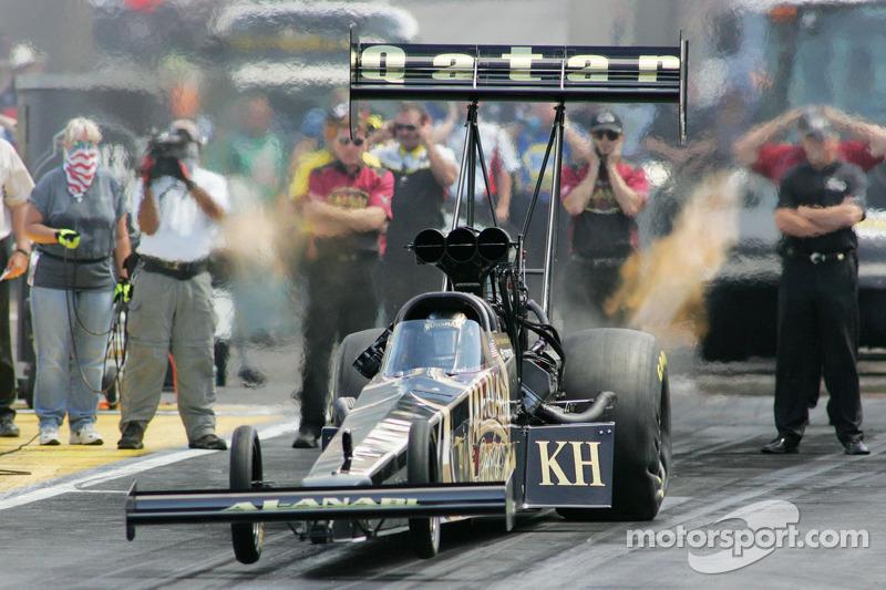 Series completes Saturday qualifying at Las Vegas