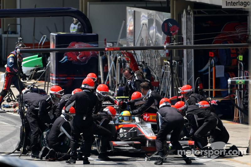 Mercedes feature - 2011 Season pit stop analysis