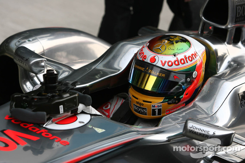 Hamilton now fastest during second practice session for Brazilian GP
