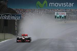 Formula 1 Eyes on the skies ahead of 2011 finale