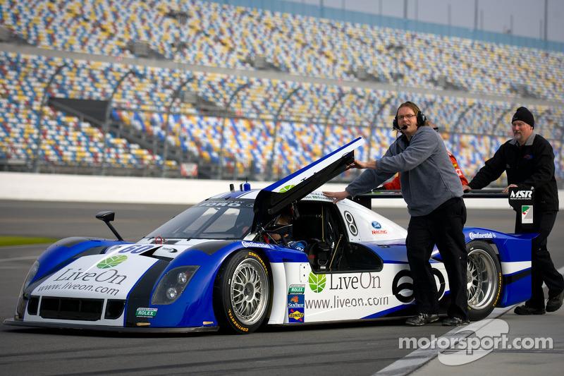 Daytona Int'l Speedway January test notes, day 1