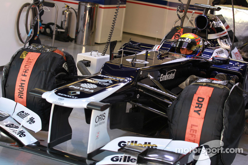Barcelona testing - Williams' Maldonado tops day 3 times