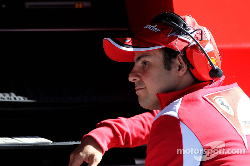Felipe Massa charges his batteries in Sao Paulo