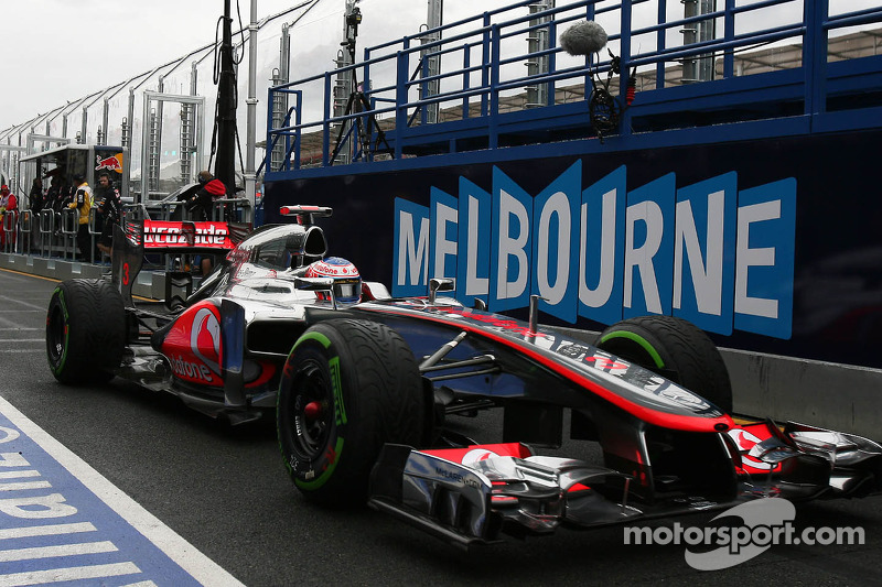 New title leader Button ends Red Bull era