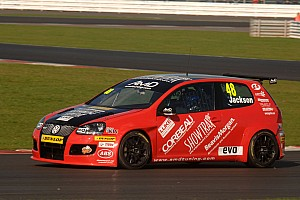 BTCC AmD Tuning.com targets BTCC top ten on home soil