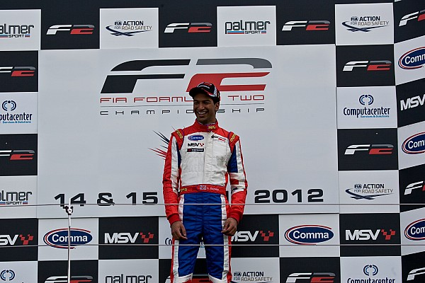 F2 Luciano Bacheta completes superb Silverstone double
