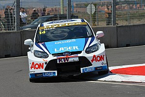 WTCC Team Aon Race of Hungary qualifying report
