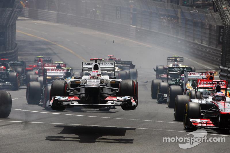 Sauber hits out at error-prone Grosjean