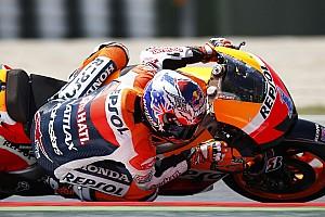 MotoGP Stoner grabs scorching pole position at Catalunya