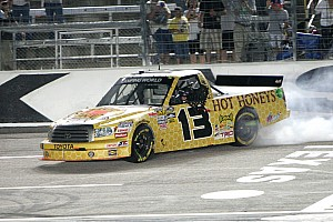 NASCAR Truck Sauter claims first win of the season at Texas
