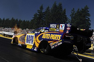NHRA Preview Ron Capps heads for fast times at Reading, intends to extend lead