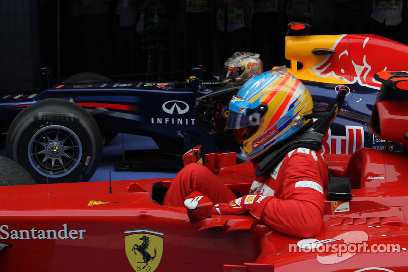Vettel's title lead grows in India
