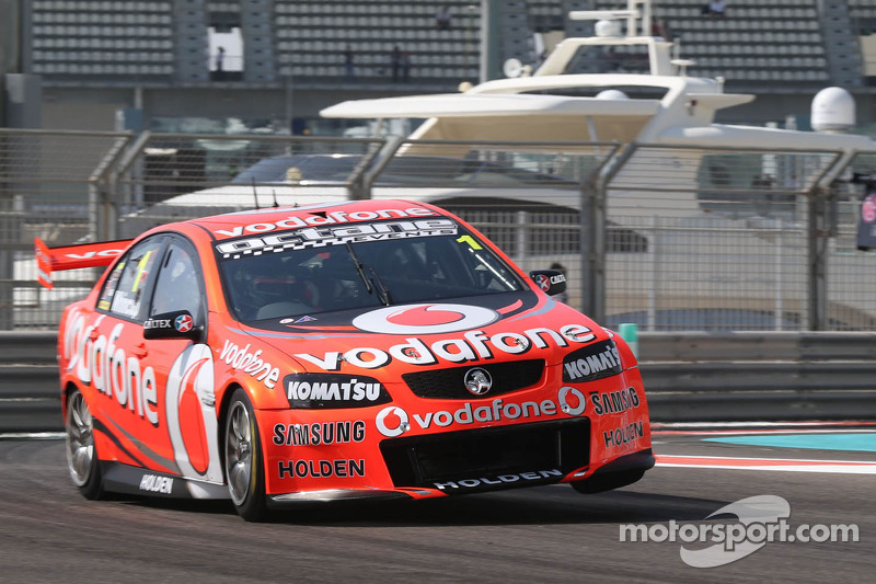 Whincup secures front row start for Abu Dhabi sprint races