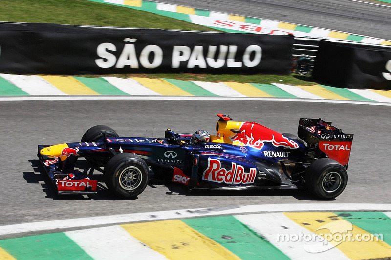 Slippery track does not prevent Red Bull's Friday homework at Interlagos
