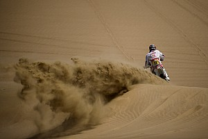 Dakar Stage report Peru: Stage 2 hits the sand dunes in Pisco loop - video