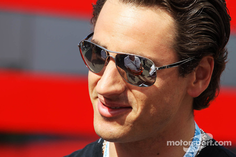 Sutil 'still believes' in 2013 F1 return - manager