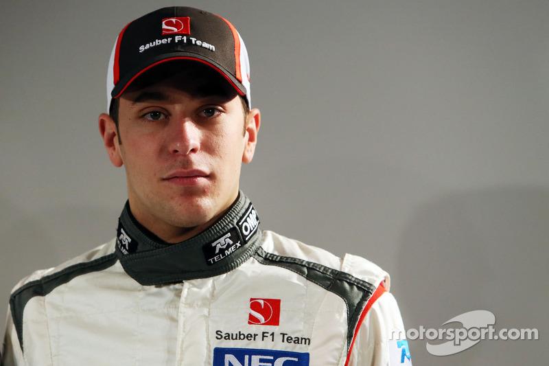 Sauber wants reserve Frijns to race in 2013