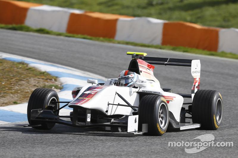 Successful testing day for Facu Regalia at Estoril
