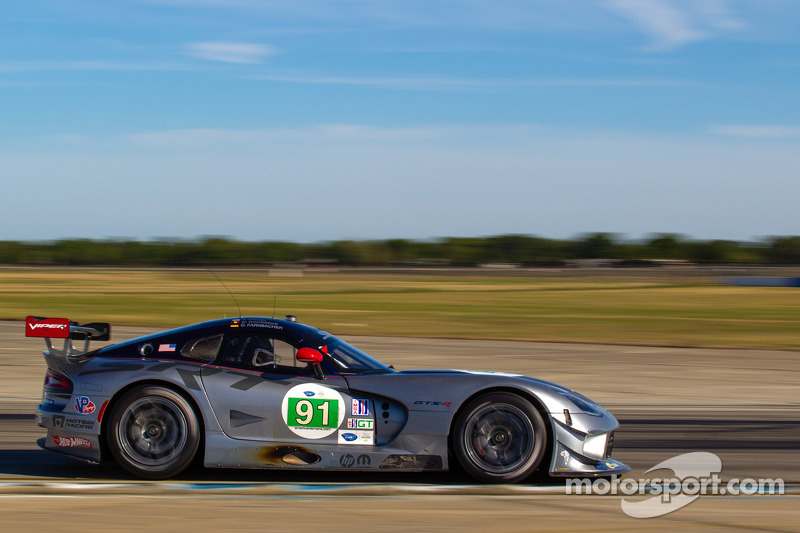 Dalziel shows fighting qualities in Sebring finish