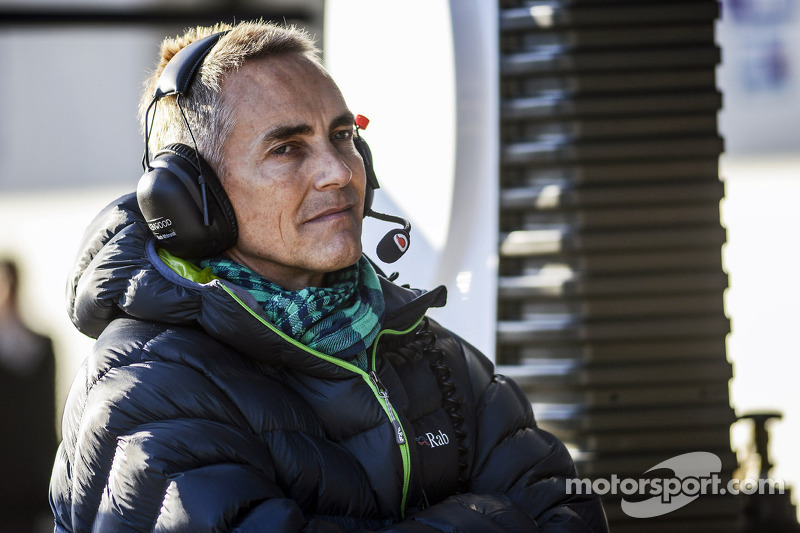 Pressure on McLaren 'captain' Whitmarsh - Coulthard