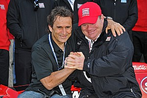 IndyCar Breaking news Ganassi presents special gift to Zanardi at Indianapolis Motor Speedway