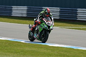 World Superbike Qualifying report Portimao: Superpole goes to Sykes for a blink of an eye
